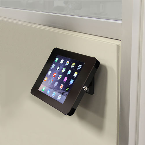 The iPad enclosure is also wall mountable, making it easy to create an interactive user experience in virtually any venue.