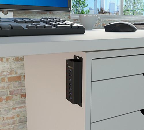 Diagrama del concentrador instalado en una superficie debajo de un escritorio/mesa