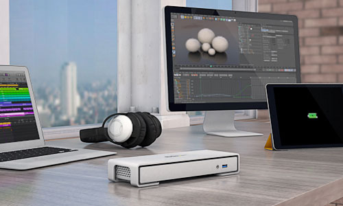Thunderbolt 2 Dock deployed in design studio and fast charging an ipad
